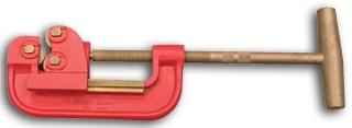 Ega Master 70134 No-Spark Pipe Cutter Cu-Be
