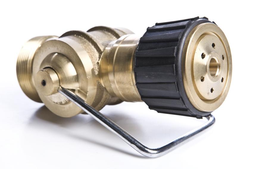 Hoses and hose clamps repair management nederland b v